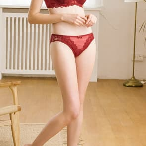 Ultra-Thin Low Waist Scallop Lace Thongs - Red